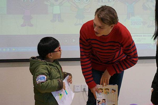 互动吧-幼少儿外教启蒙英语(中班/大班)优惠组班中,鼓楼上课,限10名额
