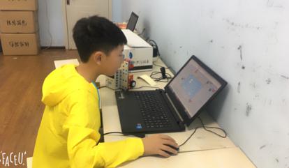 互动吧-聚能教育机器人体验课开始报名啦!