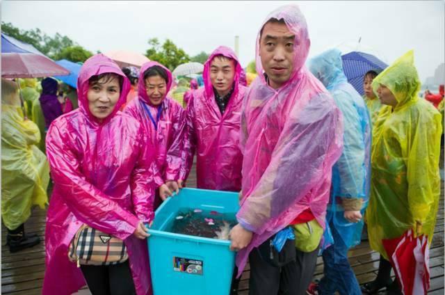 互动吧-观音菩萨出家日——广仁寺举行大型放生祈福活动