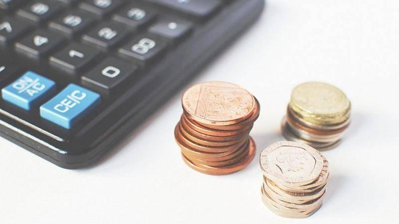 numbers-money-calculating-calculation.jpg