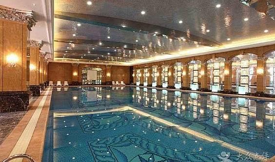(我已经报名了)华清学府重塑游泳健身前200名创始人气会员火热招募中