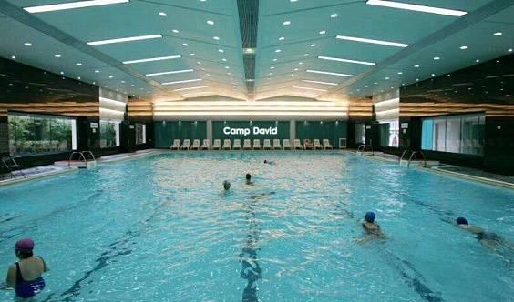 恒大第一速形游泳健身6000平超大游泳健身房