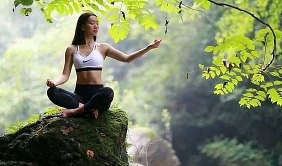 户外瑜伽公益活动